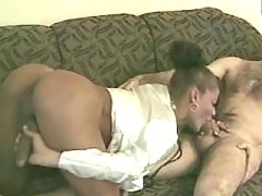 Pretty shemale chick gets good anal nailing