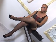 Curvy Latin shemale goddess Cinthia poses in her black lingerie, tempting you to cum and join her. But watch out, Cinthia explodes all over the video