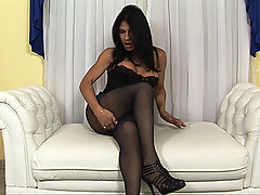 Shemale gets her ass fucked thru her torn pantyhose
